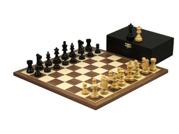 walnut chess set french knight ebonised chess pieces