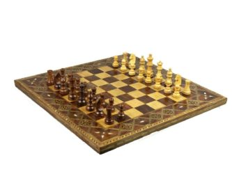 Premium Range Timber Chess Board 18″ With German Staunton Wooden Pieces 3″ – CWMD18″