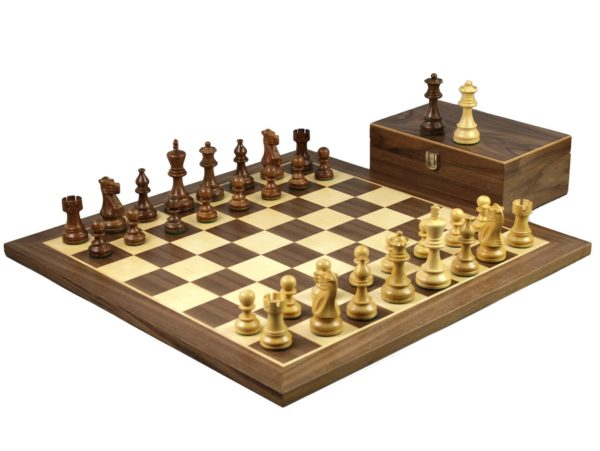 walnut staunton chess set classic staunton chess pieces