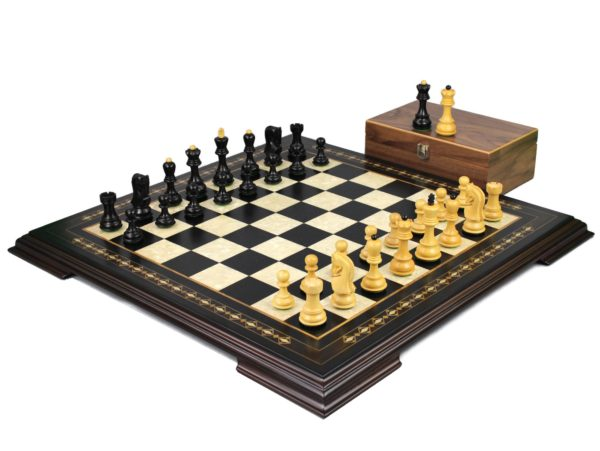 ebony staunton chess set with zagreb staunton chess pieces